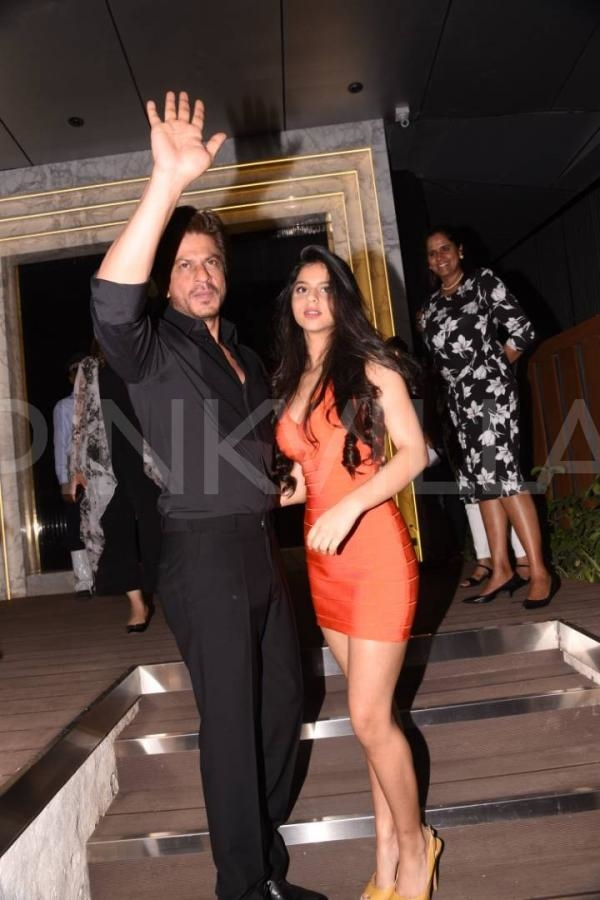 PICS: Shah Rukh Khan arrives with stunning daughter Suhana for opening of restaurant designed by Gauri Khan  Shah Rukh Khan and daughter Suhana Khan arrive at the Gauri-Khan-designed-restaurant in Mumbai.