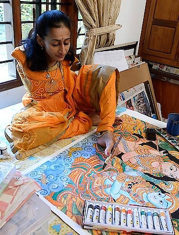 Dear friends, These paintings are by  very talented person Swapna Augustine from Pothanicad, Kerala,She was born without arms but She paints by using her toes . if you like it then please forward to the maximum number of people who can also have a look 🙏Please see each one for at least 30 seconds to appreciate the beauty.