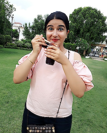 This @veromodaindia top was gifted to me on my last birthday and I never want to get rid of it. ❤ #styles #styleblogger #stylebloggerindia #blogger #fashion #fashionbloggerindia #fashion-blogger #bloggersofindia #bloggersofinstagram #veromoda #veromodaindia #vagsnrags #insta #instafashion #instafashionista #instafashionblogger #fashion #fashiondiva #instadaily #instagram #roposo #roposostyle #roposostar #roposofashionblogger #campusbloggers #marsplayco #marsplay