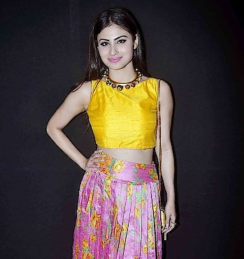 #fashionquotient #filmistaan #bollywood #collection #designer #dress #wow #naagin2 #mauniroy #cute #tvserial #captured #casualdress