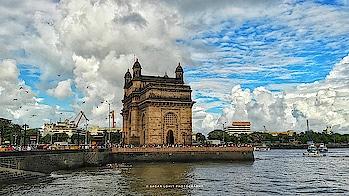 Gateway of India 😍😍😍❤  #indianheritage #gatewayofindia #mumbai #indianphotography #MyPhotography #sagarlohitphotography #beautifulskies #structure #tourism #maharashtratourism #aamchimumbai #travel #weekendtrip #nofilter #phonephotography #samsungj7 #amazingview #likeforlike #roposo #beauty #travel