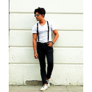 #trendeing #trendsettersaccessories #shoot #suspender #shootlife #rishabhtiwari #fun #cool #actor #model #faishonblogger
