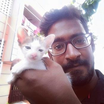 "Selfie with Kitten... ""Kittens don't play with hearts like humans do,But once a kitten has chosen its human, Game Over...."" #motivationmonday #mondaymotivation #mancrushmonday #mcm #quotes #vigedrquotes #veterinaryquotes #veterinarianquotes #cats #kitten #catlove #kittenlove #VigeDr #versatilevet #coolvet #veterinarian #veterinarydermatologist #chocolatebrownhandsome #meesai #meesaikaran #mustache #mustachelove #beardlove #beard #thaadi #thaadikaran #roposo #roposome #roposomen #soroposo #roposofever"