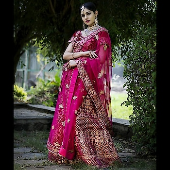 Royalty & elegance defind her personality & her lehenga added an edge to it ! Tag a bride who would take over this look !  Logon to www.rentanattire.com  #weddinglehenga #bridalphotoshoot #bridalphotography  #jewelrydesign #jewelrymaking #bridesquad #lehengablousedesigns #lehengablouse #outfitgoal #weddingoutfits #instamakeup #bridaldiaries #weddingcandid #bridalinspo #portraitphotography #lehengalove #lehengaonrent