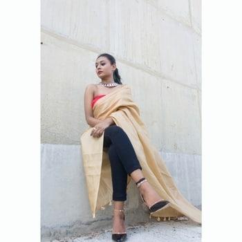 llo lovelies,  FUSION of ethnic and a tint of western is my goal, perfection though not achieved yet but still working on my #stylestatement  #Ootd Tap for deets . . Picture courtesy: @prasoon_mathur . . . . . . . #thatblacklashgirlblog#thatblacklashgirl#tblg#nainikakalitablog#nainikakalita#popxolifestyleblogger#plixxobypopxo#popxo#popxoblognetwork#lucknowblogger#Lucknow#indianblogger#India#wordpressblogger#wordpress#fashioninfluencer#fashionblogger#lifestyle #karwachauthlook