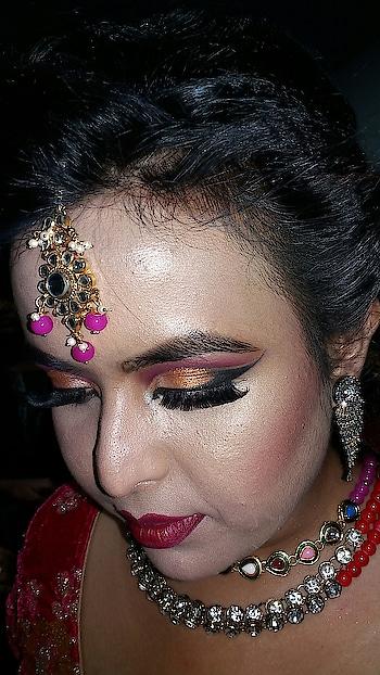 Contemporary Bridal Makeup 😊 #makeup #eye-makeup #ropo-makeup #bridal-makeup #makeup #cosmetic #lipstick #mac #makeup #makeupartistindia #makeupandbeauty #makeupartist #makeupartistkolkata #contemporarymakeupartist #contemporarybridallook #sudeshnasmakeover #followme #followmeonroposo #roposo #roposomakeup #roposomakeupartist #roposomakeupandfashiondiaries #roposofollow #roposofollowme