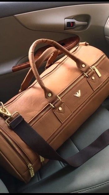 #travelbag  💥Armani gymbag / travell bag for his n her 😍😍😍 💥Size 18 by 11  💥Price  2150➕⛵👆🏻😎👆🏻  To order WhatsApp-(+91)-9157500031