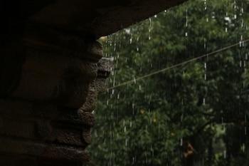 #rainyday #love #hauzkhas #hauzkhasvillage
