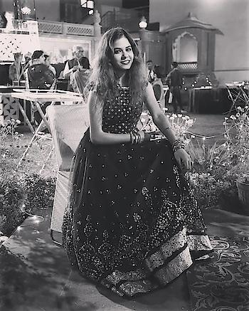 Keep your heels, head and standard high🙋❤ #ropo-love #roposo #fashion #fashionblogger #blogger #makeup #styles #fashionbloggerindia #mumbai #like4like #follow4follow #wingedfashion #smile