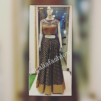 #thursdaymotivation #fashionclothing #designerclothing #highend #lehengas #croptop #black #antiquegold #bootis #details #stylish #sophisticated #functionwear #bridezilla #instafashion #igrms #ootd #summercollection #fusion #western #indianwear #tendencias #styleguide #fashionforward #designerstore #fabulousdesigns #trendyclothes #instadaily #newdelhi #explore #regaliabydeepika #musthave #weddingtrousseau #designs of #outfits . #bridal #essentials #lightwear #traditional #ensemble #festivewear #ootd #readytowear #details #trending #instafashion #lookbook #fashionideas #designerclothes #wwd #fff #frl #lotd #whattowear #howtowear #stylegram #acessories #fashionforward #ig #beautifulclothes #reasonableprice #followus #latest #trends #updates #dailylook #udaypark #igfashion #likeback #stylegoal #getthelook #mustvisit #fashioninfluencer xx
