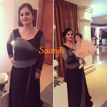 Happy client diary!!!❤❤ Hitika Ji completely rocking this draped gown,Pretty lady in black ❤❤ . . For purchase and enquiry call/what's app- 9958993029 or email- saanjhsreejan@gmail.com . . #saanjh #saanjhcollection #happyclient #clientdiary #westernwear #gown #drapegown #drapes #black #grey #loveforblack #coctailfashion #weddingfashion #prettyfashion #delhifashion #delhifashionblogger #indianwedding #fashion #freshfashion #fashiongram #instafashion # #flared #fashiondesigner #designerwear #loveisintheair #beautifulyou