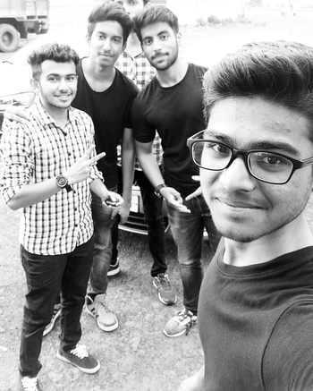 #Brothers💪 #Family🤗 #Outing🏞️ #Squad 😎 Outing with Squad = Amazing Memories🖤