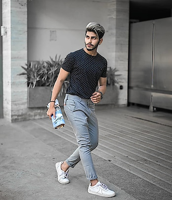 A GREY MORN. . . OUTFIT BY - @kollars.2018 . . SHOT BY - @thedaydreamstudio . . . Hair by - @hairfactorysurat . . #TSDFAM  #thestyledweller  #summer #casual #blue #breeze #allmonochrome #menwithstreetstyle  #menscasual  #menswear #mensclothing #fashionblogger  #fashioninfluencer  #fashion #trend #suratinfluencer  #indianinfluencer  #indianblogger  #surat #india