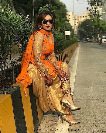 #ropo-beauty #punjabisuit #punjabijutti #punjabiblogger #punjabilkudi #punjabistyle #punjabisuitsdesigns #wedding-suits-makersinindia-punjab #punjabistyle