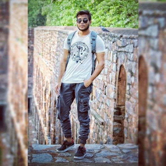 #men-looks #menswear #joggerpants #shoestyle #roposofashionblogger #soroposofashion #indiafashionblogger #delhifashion #fashion #styling #summer-style