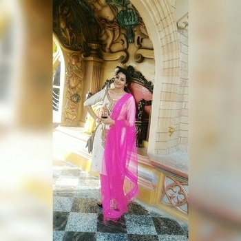 indiafashionblogger.com The 4 Coolest Tips for Surviving Summer Heat Waves.👻👻👻👻✨✨✨ 😎#1...Slow down👉. When you are outside or in a place that is not air conditioned, face reality, move slowly and put your brain in low gear. 😎#2...Always be hydrating👉Drink ice water, cold juice, non-caffeinated ice tea. Have it with you at all times. 😎#3...Stay ahead of your thirst👉Don't wait until you are thirsty to drink up, force yourself to drink and drink and drink. 😎#4...Sorry, no caffeine, no alcohol👉A cold beer might be refreshing but it will suck the moisture out of your interior. Same withcaffeinateddrinks.. . . . Follow @indiafashionblogger.com for daily dose of fashion❤❤ #indiafashioblogger #ifbteam #shailygupta #kajalmishra #fashionblogger #travelblogger #teamindiafashionblogger #summer #beaththeheat #fashion #style #stylish #love #me #cute #photooftheday #nails #hair #beauty #beautiful #instagood #instafashion #pretty #girly #pink #girl #girls #eyes #model #dress #skirt #shoes #heels #styles #outfit #purse #jewlery #shopping #summers