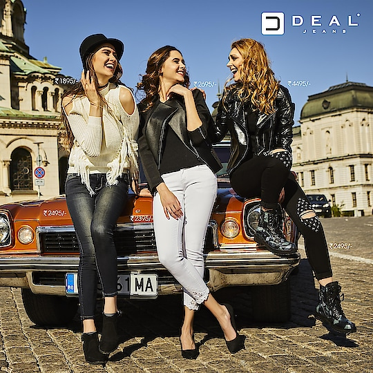 Let your gossips be in trendiest outfits! #DealJeans