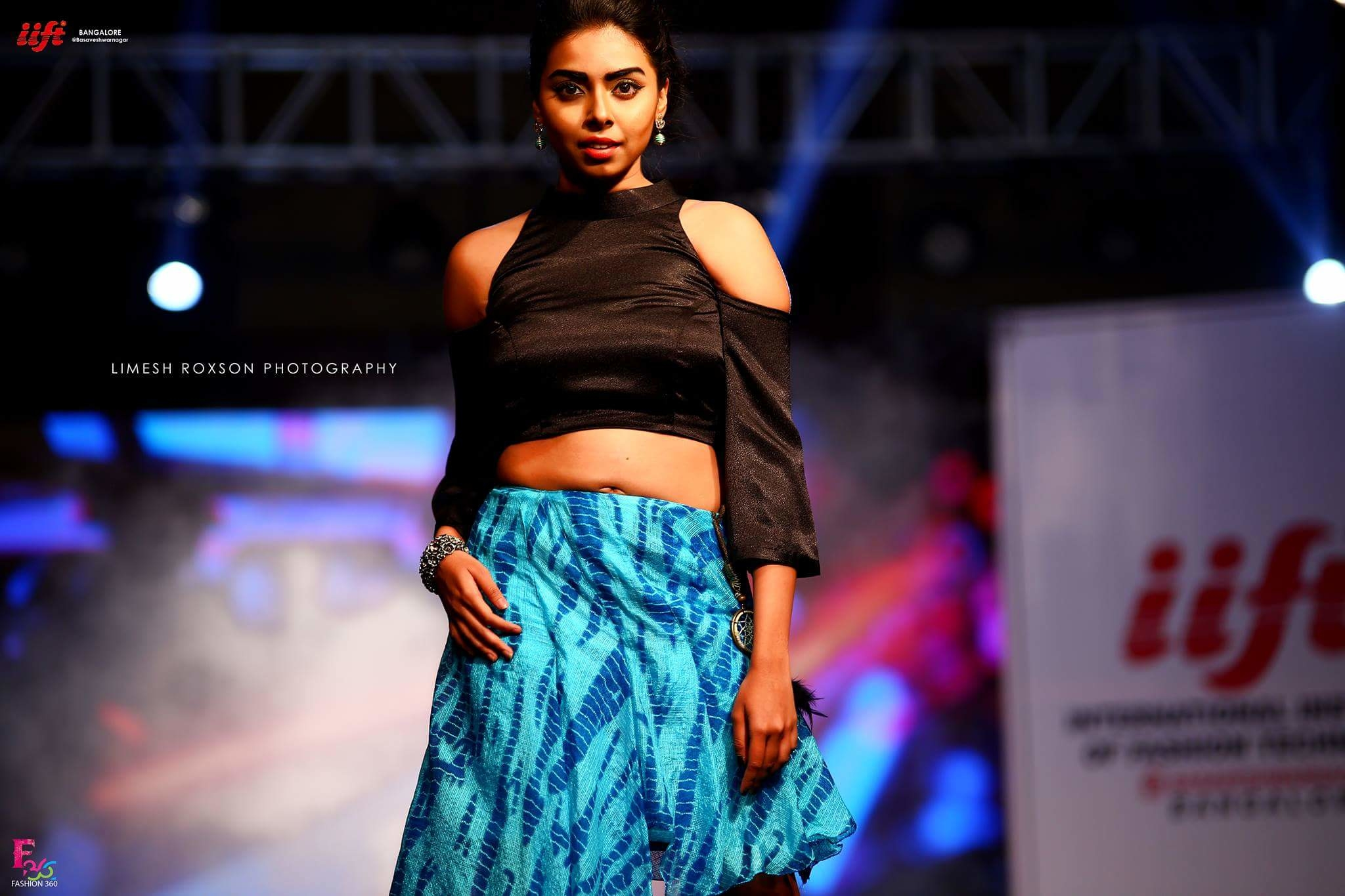 IIFT Presents Simcha Fashion Celebration  #fashion #women-fashion #fashion-diva #be-fashionable #summer-fashion #tbt #love #model #actress #celebrity #canon #fashionphotography #celebrityfashion #makeup #likeforlike #like4follow #like4like #roposo #soroposo #roposotalks #roposoblogger #roposome #roposolove #styling #summer-style #photography
