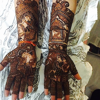 #shaadiseason  #hinduwedding  #indianbride  #bodyart  #hennadesign  #bridalmakeupartist #indianweding  #bridalshower  #indian  #pakistanibride   #instagood  #makeup  #mehendi   #happieness  #mehandiart  #heenaart   #hennavideo  #indian-mehndi  #heenalove  #indianbride  #weddingceremony  #dulhadulhan   #videography