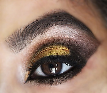 posting an EOTD after so many days..  #roposso #ropossostyle #pac #paccosmetics #eyeshadow #eyes #eyelashes #eyemakeup #bronzeeyes #bronzeeyeshadow #eotd #golden #goldeneyeshadow #goldenandblackeyemakeup  #eyemakeup #eyemakeuplook #makeup #makeuplover #makeupartist #ilovemakeup #eotd #eyemakeuplover #eyemakeuplover #eyemakeuptutorial #eyemakeuptrends #makeup