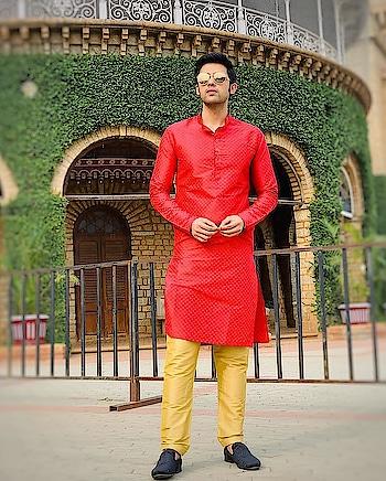Bangalore feels 😎 #bangalorediaries #weddingdiaries Styled and designed by @pankysoni