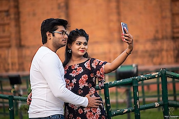 Pre/post wedding shoots📷 . . . #couple_photoshot #preweddingphoto#preweddingphotographer #photography#photo#nightcandid#pic#pics #couples#photographers_of_india#bride#wedding #dslr#instagood#picoftheday#zowed#wedding #canonphotography#rajkot#weddingsutra