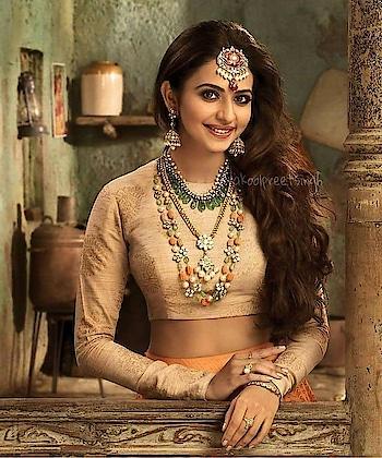 #rakulpreetsingh #ethnicwear #fashionquotient