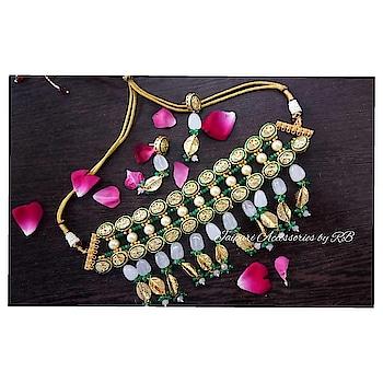 Handcrafted jadau kundans choker  Dm for bookings  #weddingchooda #weddingjewels #bridalgoals #bridaljewellery #weddingchooda #weddingjewellery #photooftheday #sharjah #dubai #weddingjewels #deepikapadukone #shradhakapoor #bookfast #uk #pune #deepveerwedding #mumbai#celebrity #rajputijewels #rajasthanijewels #hasli #necklace #jewellerylove #jewelerygram #weddingchooda #onlineboutique #_jaipuri_jewels #ontario #california