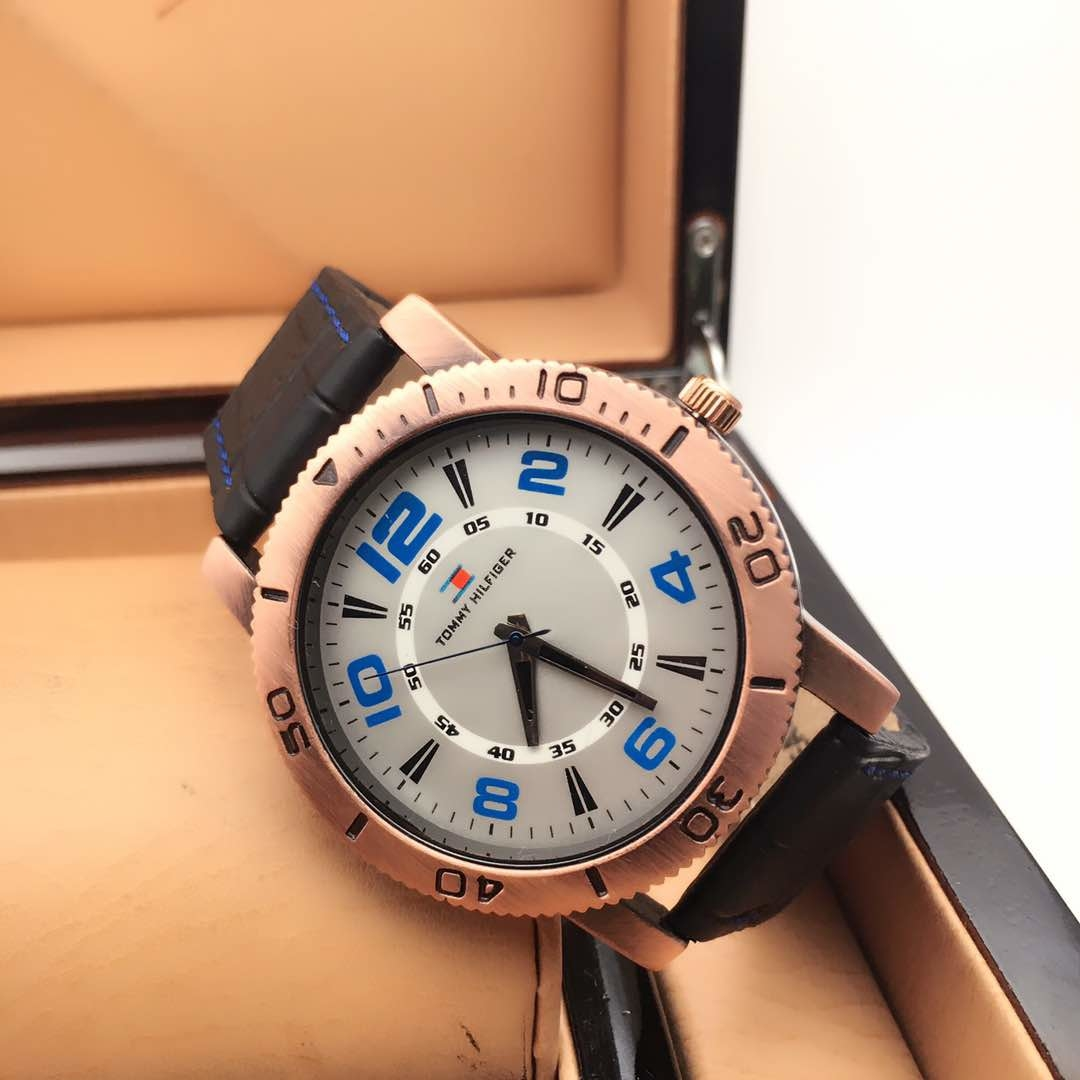 men watch for 600rs Free shipping. buy at 9920623235