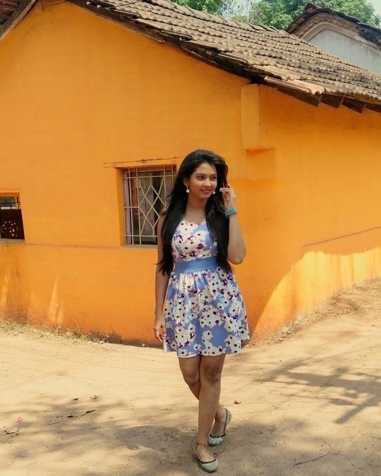 One step at a time is good walking.... #walking #onestepatatime👣 #walk #meerajoshi #marathiactress #marathimulgi #goa #savdhaanindia