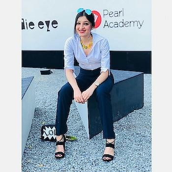 #aifw #aifwss18 #ootd #ootdshare #ootdroposo #ootdgoals #woman-fashion #girlsfashion #fashionpost #fashionmoments #roposo-style #roposo-fashiondiaries #sotdnow #zaraindia #zarashoes #promod #ootdinspo #ootdinspiration #highwaistpants #high-heels #makeup #neutralmakeup