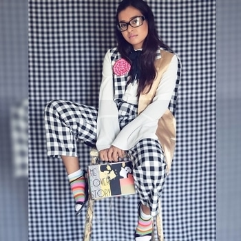 This styling inspired from Gucci's #nerdfashion ❤️❤️❤️ . Clothing: @lmanedesigns . . . . . #nerdalert #fashionbloggerindia #bangalorefashionblogger #trendsettersbazaar #creativepeople  #instagramfashion #nerdlook #nerdygirl #gucciinspired #soroposo #roposogal #roposoblogger #indianblogger #boutiqueshopping