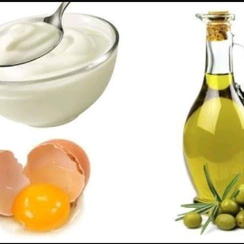 Hair Care Tips / Hair Hacks / DIY of the Day . Curd,Olive Oil, Egg Hair Mask . Curd is rich in zinc, lactic acid, b-vitamins and probiotic enzymes that nourish the hair follicles and waken sleeping hair follicles there by promoting hair growth. . Olive oil lubricates dry or frizzy locks. Conditions hair and nourishes the scalp with healthy fatty acids that will strengthen hair follicles. . Egg is rich in protein, sulphur and other essential nutrients, egg will promote hair growth, prevent breakage, balance oil secretion and soften hair.  Ingredients👇👇 . . 👉 2 tablespoons Curd 👉 1 Egg 👉 1 teaspoon Olive Oil . Apply the hair mask in the scalp in gentle circular motions .  Cover the hair with a shower cap as you wait for the mask to sink deep . Keep it for 2 to 3 hours . Rinse your hair with shampoo . I apply this mask once a month and it's really good. Have you tried this mask if yes how was the experience using it.. Do share your views in comments.. . . #haircare #hairmask #diy #haircaretips #blogger ✍✍ #likeforlikeback #instafollow #l4l  #tagforlikes #followback #followforfollow #follow4follow #instablogger #productreviewer  #instagood  #photooftheday #followme #likeforlike #femaleblogger #fbloggersindia  #discoverunder5k #bloggercommunity #socialinfluencer #shoutoutforshoutout #followshoutoutlikecomment #shoutoutforfollow #shoutoutforlikes #shoutoutforfollowers #shoutout #bangaloreblogger #roposoreview #roposoreviews #reviewer #reviewoftheday #beautyproductreview  #productreviewblogger #reviewblog #instagood #tbt  #photooftheday #followme #likeforlike #femaleblogger #fbloggersindia  #roposo #roposoblogger #social #socialmedia #makeupandbeauty #makeupandbeautyblogger #makeupreview #makeupreviewer #productoftheday #productreview #productreviewoftheday #socialinfluencer  #makeupreview #makeupreviewer  #roposo #roposostory #socialmedia #followontwitter #followfacebook #followme #facebooklikes #makeupblogger #makeupblog #productreview #productoftheday  #makeupandbeautyb