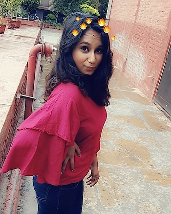 In love with this snapchat filter! #snapchat #fashionforwomen #red-hot #bloggerdiaries #blogger