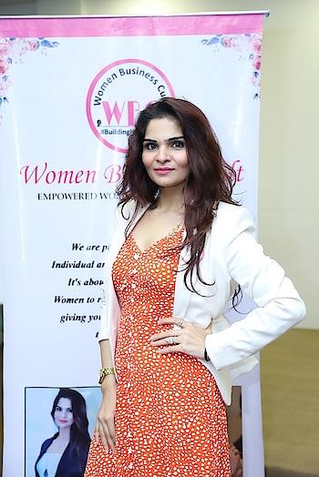 #womenswear #womenswear #business #businesswoman #anikamkhara #anikakhara