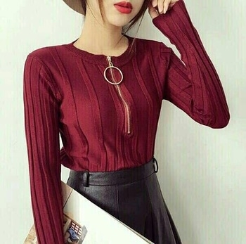 Knitted Pullover With Metal Ring⠀ Bust Size Upto 34⠀ Colors:Maroon,White,Navy blue,Grey⠀ ⠀ Price:849/-⠀ ⠀ #fashion #ootd #fashionist #onlineshoppinginindia
