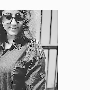 LOVE FOR #blackandwhite #portrait  @rentitbae Denim Dress on Rent  For Discount code and more details LINK IN THE BIO . . .Picture Credits : @stylerob @fashioncoursemeal . .  #blogginggals  #bloggersblast  #fashion  #bloggersofindia  #photography   #ootd  #ootdfashion   #fashionblogger  #summer  #fashion2018   #streetstyle  #fashionista #indianstyleblogger  #indian  #indianblogger   #instafashion  #shorthair   #denim #denimdress  #denims #fashionistagram   #fashionblogger  #fashionblogger  #summer #fashion2018  #sunglasses   #streetstyle #fashionista #indianstyleblogger #indian  #indianblogger #instafashion #shorthair  #nofilter   #blackandwhite  #blackandwhitephotography  #denim