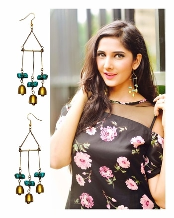 Exercise? I thought you said ACCESSORIZE! Earrings:- Zero Kaata ⠀⠀⠀⠀⠀⠀⠀⠀⠀⠀⠀⠀⠀⠀⠀⠀⠀⠀⠀⠀⠀⠀⠀⠀⠀⠀⠀⠀⠀⠀⠀⠀⠀⠀⠀⠀⠀⠀⠀⠀⠀⠀⠀⠀⠀⠀⠀⠀⠀⠀⠀⠀⠀⠀⠀⠀⠀⠀⠀⠀⠀⠀⠀⠀⠀⠀⠀⠀⠀⠀⠀⠀⠀⠀⠀⠀⠀⠀⠀⠀⠀⠀⠀⠀ These bell earrings from @zerokaata know how to catch the light beautifully as you move, thanks to the charming green stone and bells😍Super lightweight and easy to wear show them off,you can style these on numerous outfits! Check them out @- www.zerokaata.com  #jewellery #gold #silver #diamond #accessorise #accessories #jewelworld #jewelleryworld #zerokaata #design #belldesign #stones #lightweightjewellery #onlinejewelleryshopping #blogger #fashionblogger #indianblogger #blogging