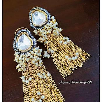 For bookings  Whatsapp :- 7503577614 Call :- 9250236640   #indianwedding #weddingglam #weddingjewels #luxury #style #motivation #dubai #delhi #beauty #happiness #indianstreetfashion #fashionbeauty #choodalovers #punjab #destinationwedding  #photographers #lehenga #designerwear #canada #royal #jewels #jewellery #art #heritage #handpainted #_jaipuri_jewels
