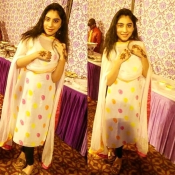 Full outfit for mehendi raat.. 🙌✋✋👋👋 Kurti -self customised ! #self-designed  #selfcustomised #selfmade #marriageseason  #marriageseason  #seasonofmarriage #like4like  #like  #likeforlike  #likeforfollow  #likeme #followforfollower  #foloow4follow #popxoblognetwork  #popxodailyfeatures #popxodaily   #popcocampus #ropo-love #ropo-good #roposing