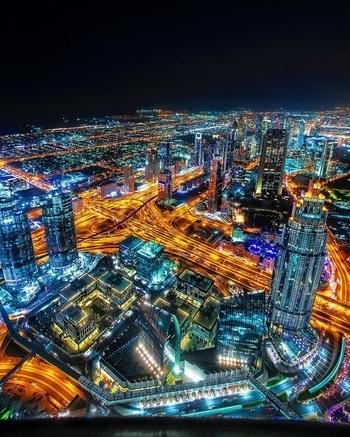 The night view from the top of Burj Khalifa 😍#dubai🇦🇪 #burjkhalifa #dubaimall #dubailife #igdubai #igersdubai #worldtraveler #thedubaimall #touchthesky #lovedubai #atthetopburjkhalifa #atthetop #dubai❤️ #travelphotographs #nightphoto #dubaifountain #travelgram #dxb🇦🇪 #traveltheworld #nightime #nightphotography i #globetrotter #dubaiopera #uae🇦🇪