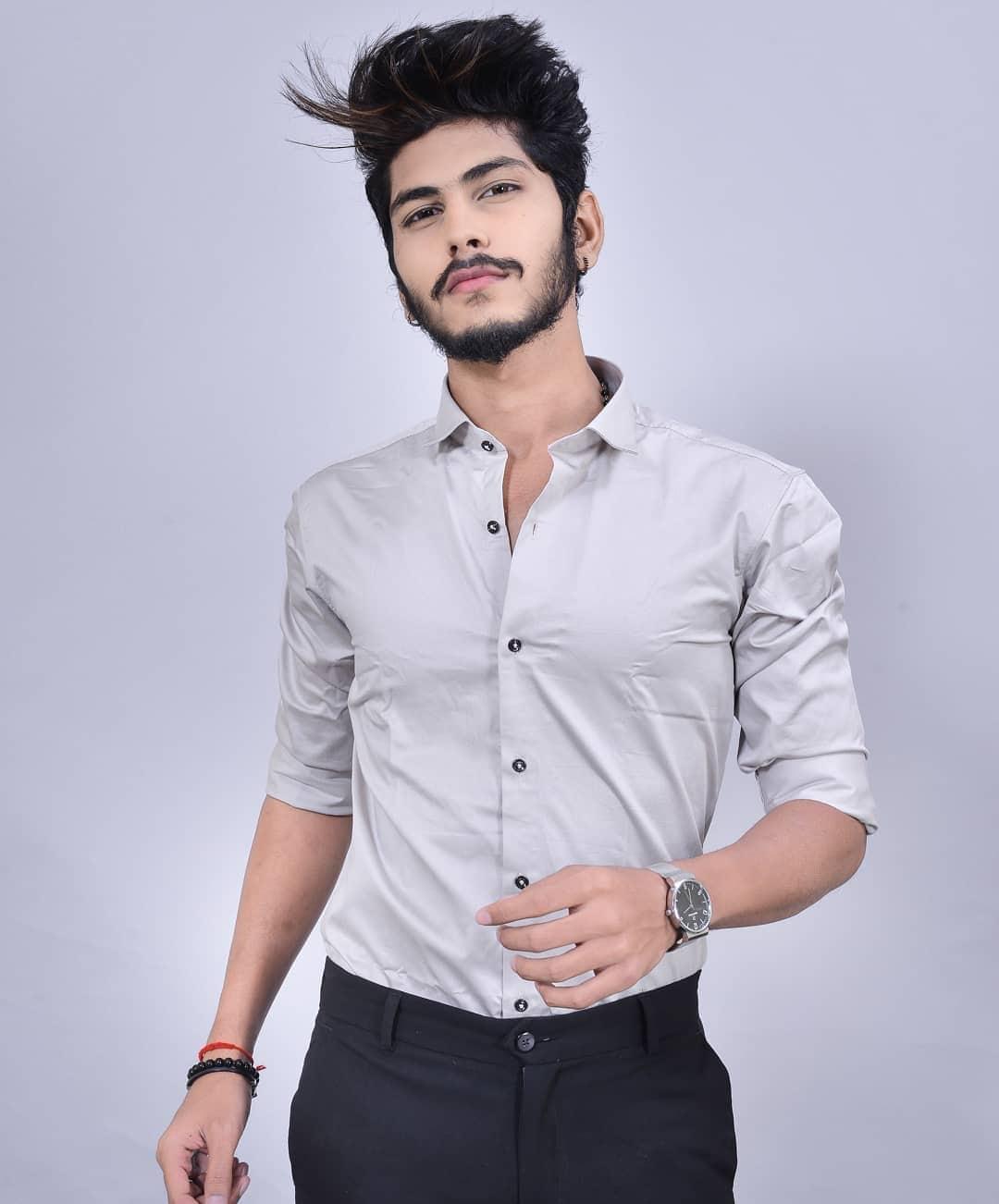 Wearing Steel Grey formal shirt from - @thestyledwellerclothing . . #tsdfam #thestyledwellerclothing #thestyledweller #cotton #cottonshirt #ootd #wiwt #shirt #navyblue #menswear  #mensfashion  #fashion #trend #fashioninfluencer  #fashionblogger  #suratinfluencer  #suratblogger  #indianblogger  #lifestyleblogger  #surat #india
