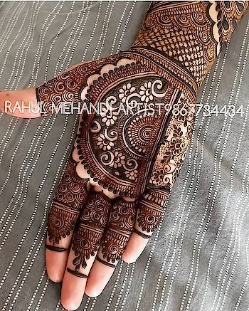 #mehandi #mehandipic #weddingsaga #wedding-bride #henna #hennadesign  #hennatattoo #hennaart #wedddings  #love #mehandiart #cute #popularpage  #indian-mehndi #indianweding #indiafasion  #indiandance