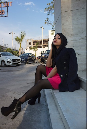Happy Valentine's  Day loves . My first blog post is up now Click link to check it out  http://www.thatquirkysoul.com/wp/duck-the-red-go-hot-pink-this-valentines-day/      #blogger  #fashionista   #fashion  #valentine   #fashionblogger  #muser  #lifestyleblogger  #hotpink  #ditchthered #fashionbloggerindia   #followforfollow   #followforfollowers   #followtrain   #makeuplook  #soroposogirl #ropo-good #ropo-style #roposogal #roposo-fashiondiaries #roposo  #soroposolook #soroposofashion #soroposogal  #valentinesmakeup   #valentinesmakeuplook #instagood  #love  #nofilter  #hotpink #thatquirkysoul