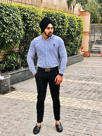 #fashion #fashionblogger #delhibloggers #indianblogger #love  #personalstyle #menswear #roposostar #amitynoida #singhstreetstyle #ammyvirk #diljitdosanjh #ranjitbawa#turbantor #sikhfashion #followme #lifestyleblogger #photography #photoshootdiaries #somethingdifferent #likeforlike #follow4follow