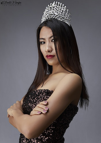 #Fashion #Photography SentiyangerStudio Diva Queen #2018 @hantsula_yimchunger _________________________________________________ #Model #Art #Bloggers #indoor #Beauty #Nagaland #naga #designer #Style #Magazine #NorthEast #FashionStudio #Canon5DMark4 #elinchrom #likeforfollow #fashioneditorial #portraitmood #fashionable #MakeupArtist #beautyphotographer #artgallery #northeastbeauty #worldofportraits #model📷 #indianfashionblogger