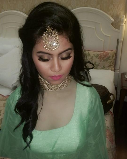 My beautiful client 👸 Nikita Makeup Artist & Hairstylist.... #sagan #beautifulclient #bridal #bridalmakeup #makeup #makeupartist #makeupartistdelhi #makeupartistdehradun #makeuplove #nikitamakeupartistry #nikitamakeupartist #bestmakeup #indianbride #wedding #weddingseason ##makeupbyme #mywork #myclient #MUA #instalike #follow #followme #asianbeauties #tagforlikes #likes #makeupaddict #makeup #makeupartist #loveformakeup #delhimakeupartist #bridalmakeupartist