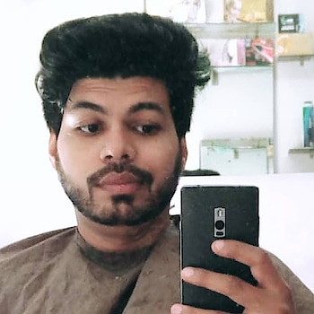 Time for some grooming.  Let's be friend on Instagram Snapchat Twitter Roposo @AamirMudassir Facebook @AamirVlogger #YouTube (The Liberal Indian)  #AamirMudassir #YouTuber #DelhiYoutuber #Viner #Prankster #Entertainer #TheLiberalIndian #TLI #youtubeindia #ytcreatorsindia #selfie #selfieofday  #vines  #comedyvideos  #salon  #groomingsalon #grooming #haircut  #handsome #oneplus  #oneplusindia #oneplusphotography