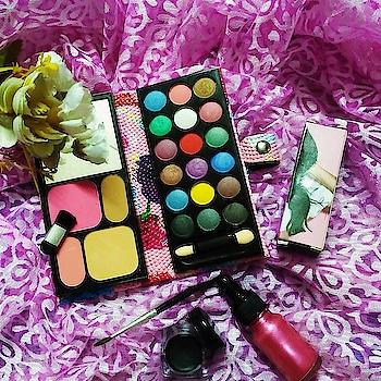 #makeup  #eyeshadow #eyeshadowpalette #kajal #geleyeliner