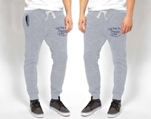 🔸HIGH QUALITY CURRENT STYLE 🔸  Brand   -  USPOLO ASSN 🇺🇸   Style    - MENS NARROW FIT JOGGERS   Fabric  - 100% COTTON LOOP KNIT  GSM    -  260+  Color   - 4 as a pic { MELANGE FABRICS }  Size     M-28-30              L -32-34              Xl - 36-38  Price  single @ Rs. 990 Shipping extra   ⭐ Original Brand Tag  ⭐ Embroidered Stiches  ⭐ Print Poly Bag  ⭐Single Side Zip   ⭐ All Goods Are Packed With Single Pce Poly Bag.    *DISPATCH READY*   Set also available 👆👆👆👆*one set=12PC*  09559285742